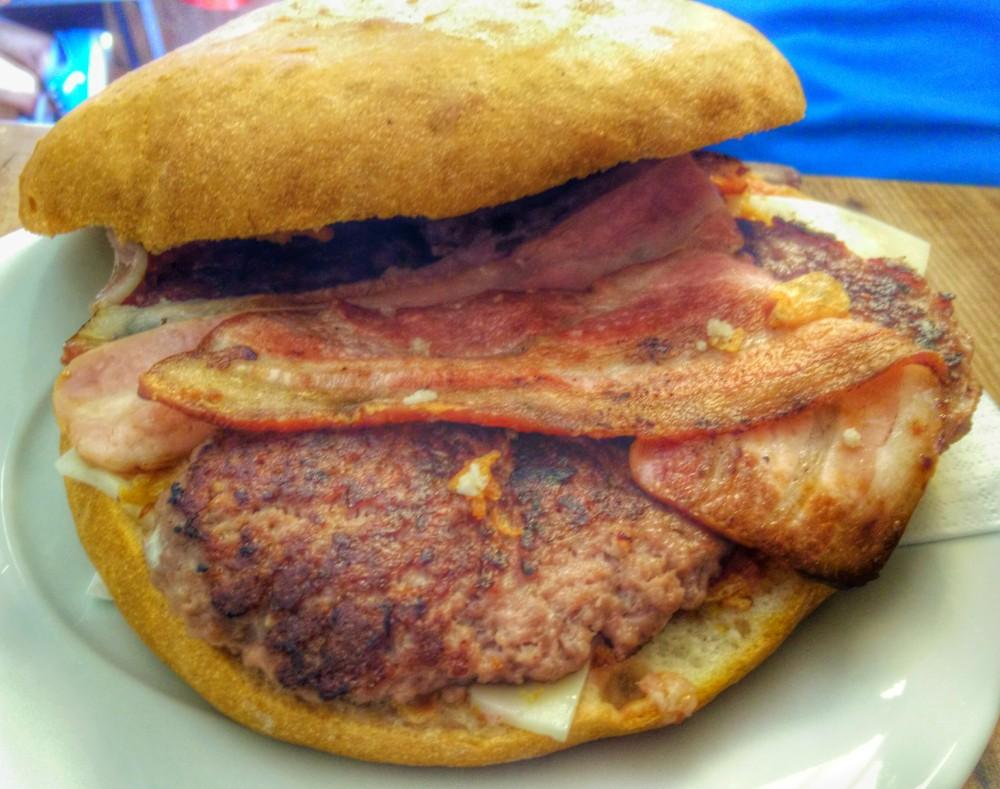La Pascuala - madremiavalencia.com - super burger